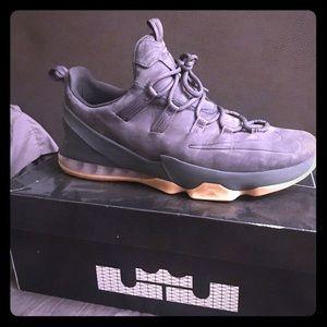 Men's Nike shoes lebrons